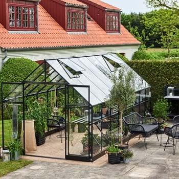 Halls Qube+ et stærkt og stilrent drivhus