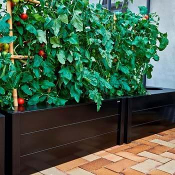 New Juliana accessories – Juliana rainwater butt and capillary watering-box planter