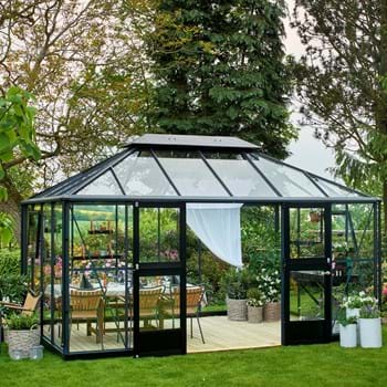 Grand luxury for the garden from Juliana Greenhouses